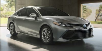 2018 Toyota Camry Hybrid XLE|Heated seats|navigation|Moonroof|Backup camera|Toyota canada demo